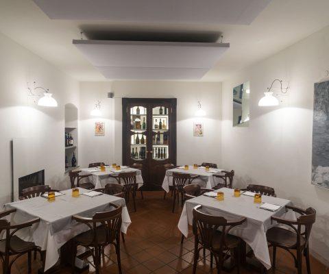Vecchio ristorante fiume